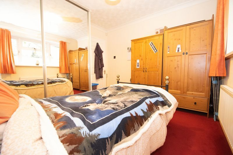 2 bed bungalow for sale in Apperley Way  - Property Image 7