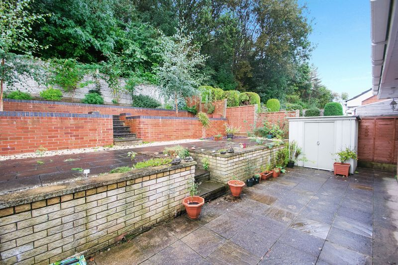 2 bed bungalow for sale in Apperley Way  - Property Image 10