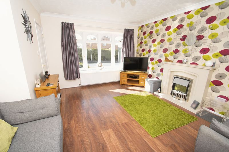 3 bed house for sale in County Park Avenue 8
