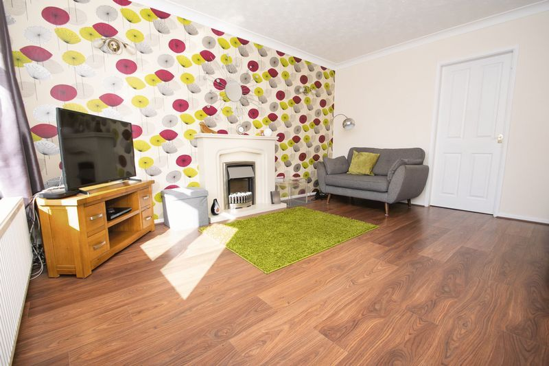 3 bed house for sale in County Park Avenue 9