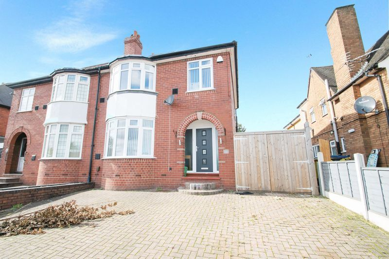 3 bed house for sale in Oldbury Road - Property Image 1