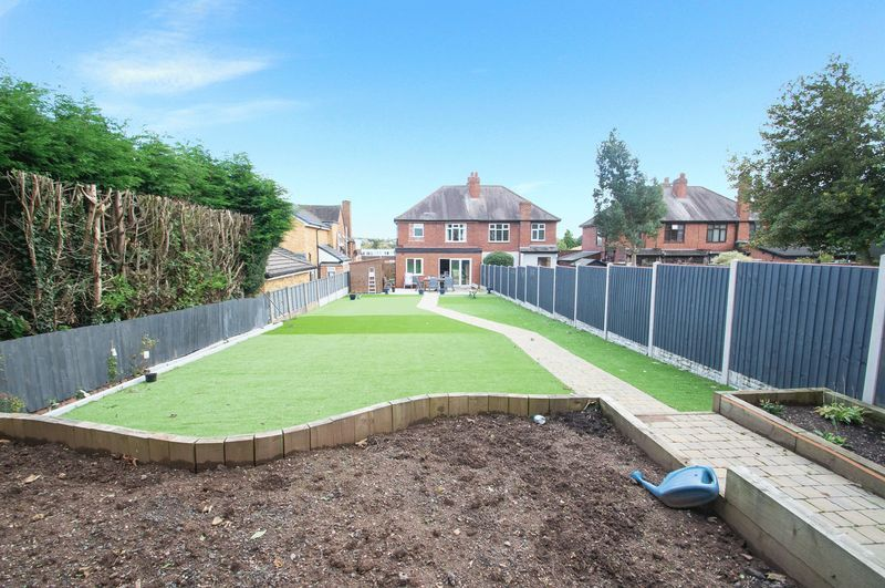 3 bed house for sale in Oldbury Road  - Property Image 14
