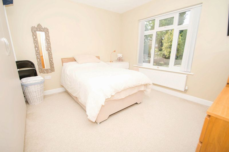 3 bed house for sale in Oldbury Road 7