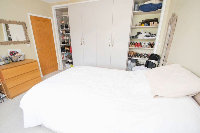 3 bed house for sale in Oldbury Road  - Property Image 8
