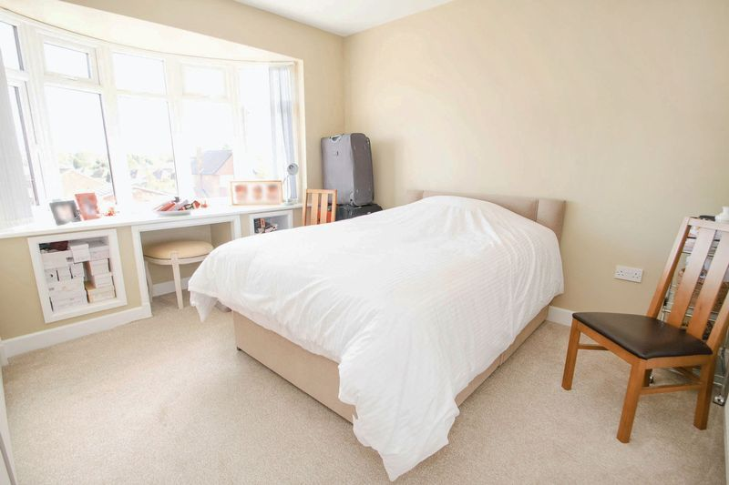 3 bed house for sale in Oldbury Road 9