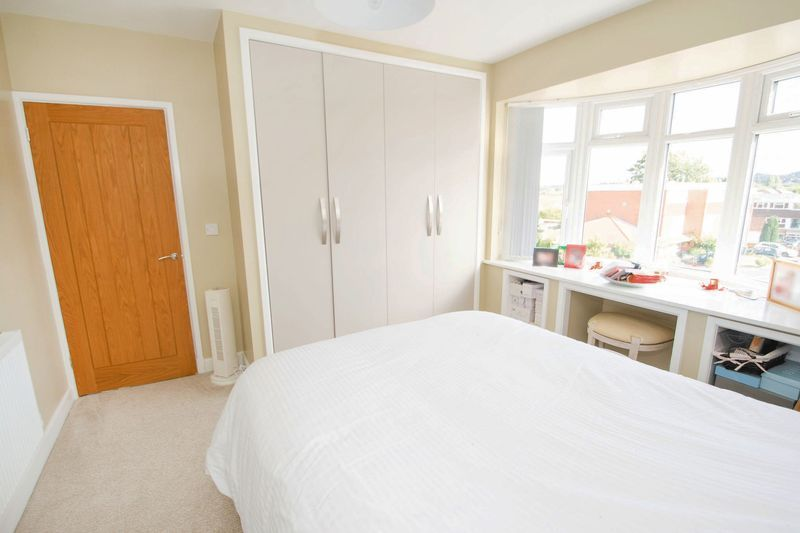 3 bed house for sale in Oldbury Road 10