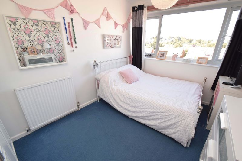 3 bed house for sale in Abberton Close 11