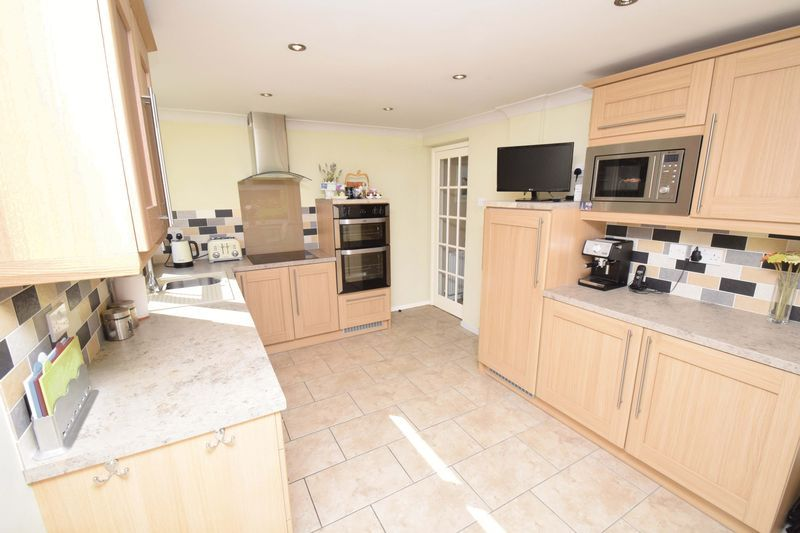 3 bed house for sale in Abberton Close 3