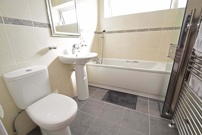 3 bed house for sale in Abberton Close 9