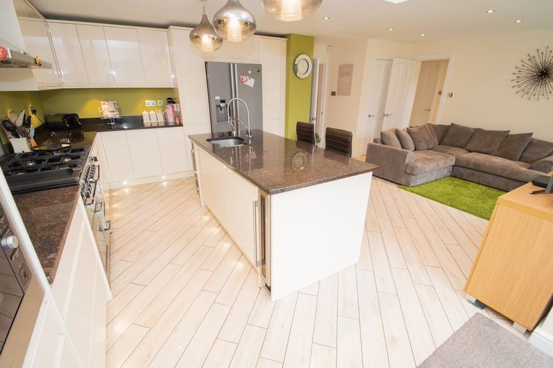 3 bed house for sale in Kent Road 2