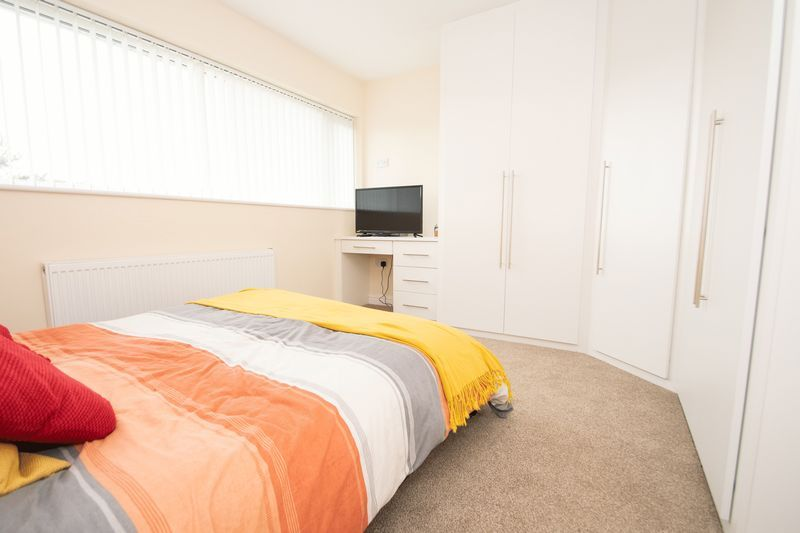 3 bed house for sale in Kent Road  - Property Image 11