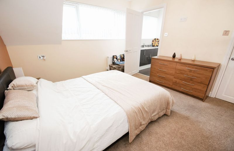 3 bed house for sale in Kent Road 12