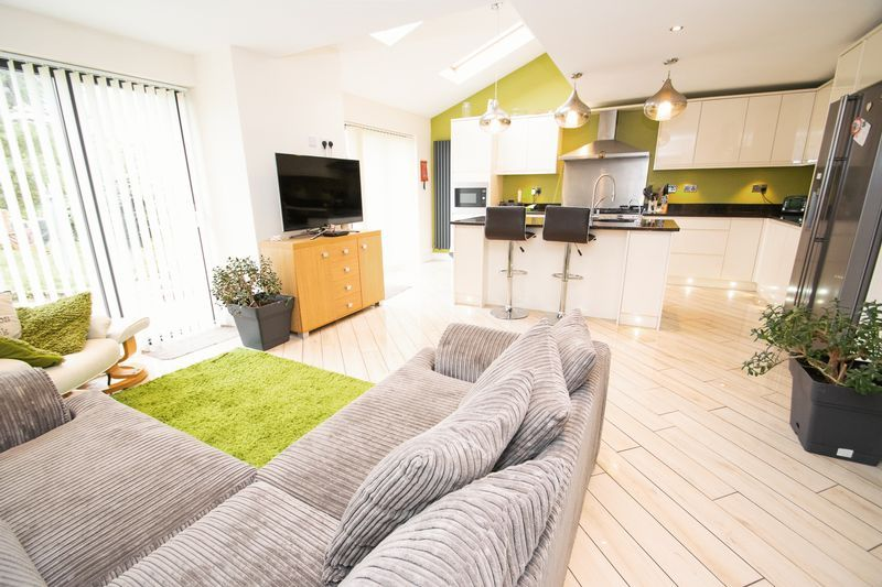 3 bed house for sale in Kent Road 3