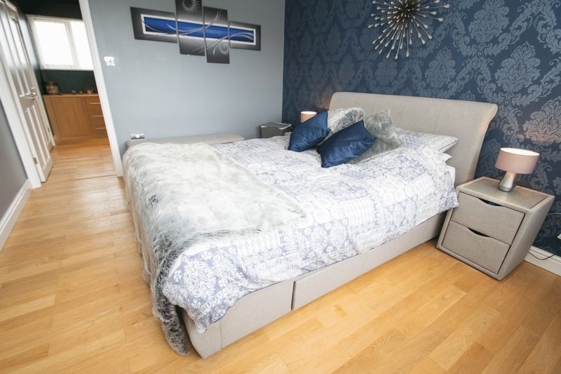 3 bed house for sale in Kent Road 7