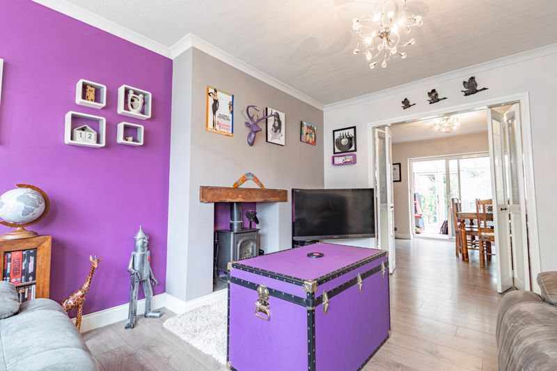 4 bed house for sale in Whittingham Road 2