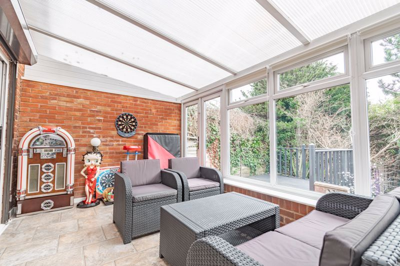 4 bed house for sale in Whittingham Road  - Property Image 5