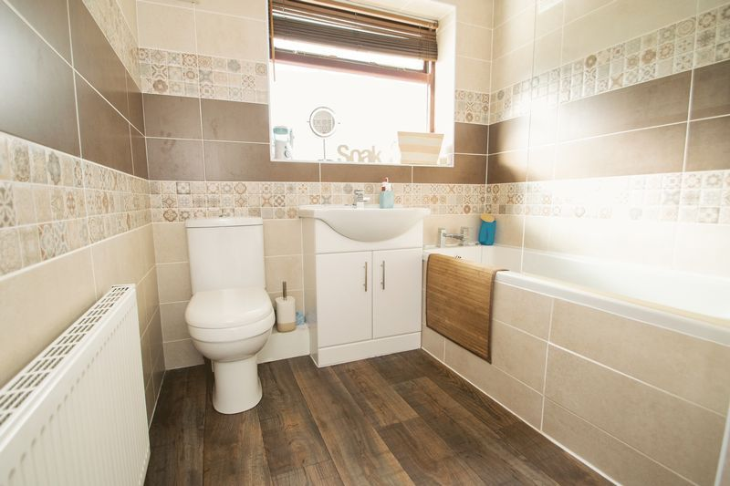 4 bed house for sale in Whittingham Road  - Property Image 10