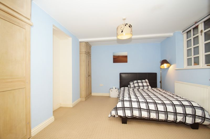 1 bed flat for sale in 80 Prospect Hill 4