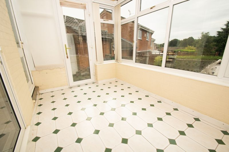 3 bed house for sale in Lodgefield Road 7
