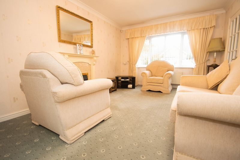 1 bed bungalow for sale in Meadow Park Road 2