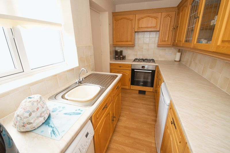 1 bed bungalow for sale in Meadow Park Road  - Property Image 4