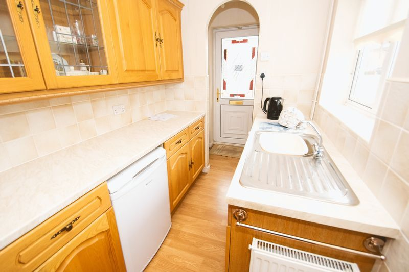 1 bed bungalow for sale in Meadow Park Road  - Property Image 5