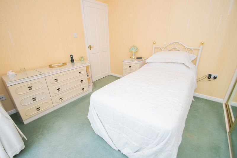 1 bed bungalow for sale in Meadow Park Road  - Property Image 7