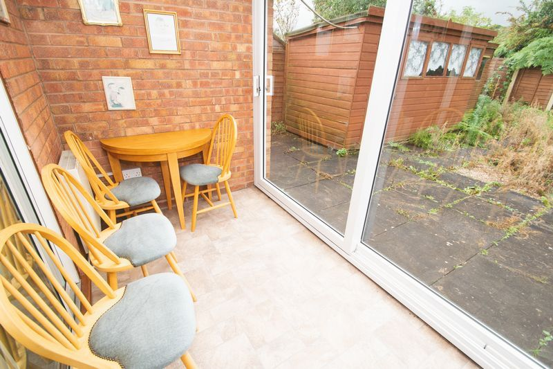 1 bed bungalow for sale in Meadow Park Road 9