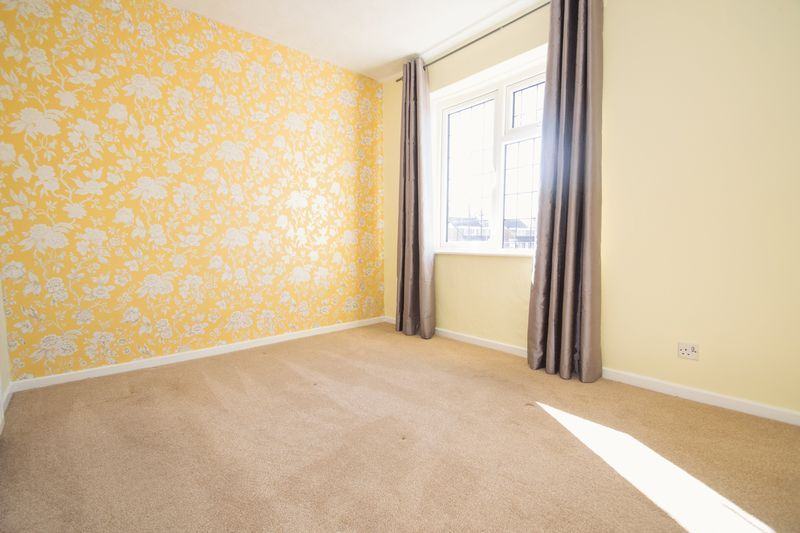 3 bed house for sale in Pippin Avenue 7