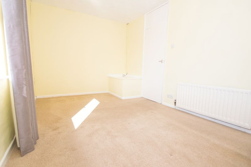 3 bed house for sale in Pippin Avenue 8