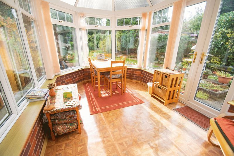 4 bed house for sale in Oak Barn Road  - Property Image 6