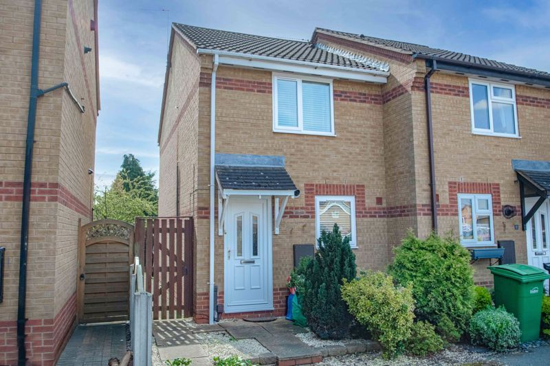 2 bed house for sale in Richardson Drive  - Property Image 1