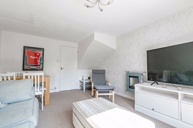2 bed house for sale in Richardson Drive  - Property Image 4