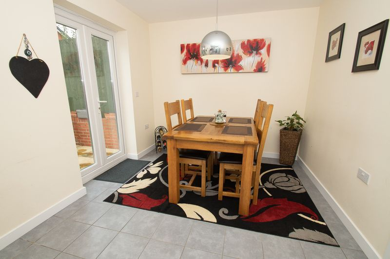 3 bed house for sale in Almondsbury Close 6