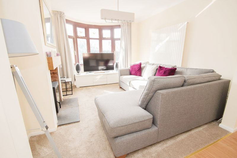 3 bed house for sale in Timberdine Close 2