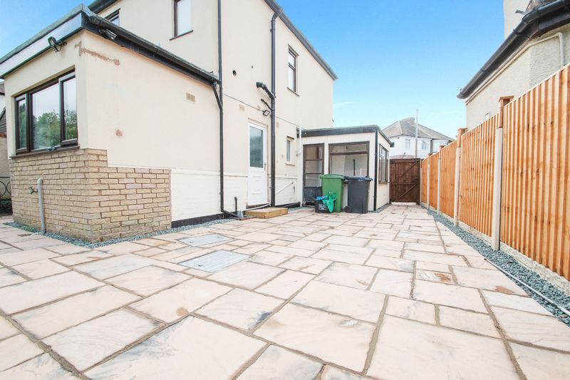 3 bed house for sale in Timberdine Close 17