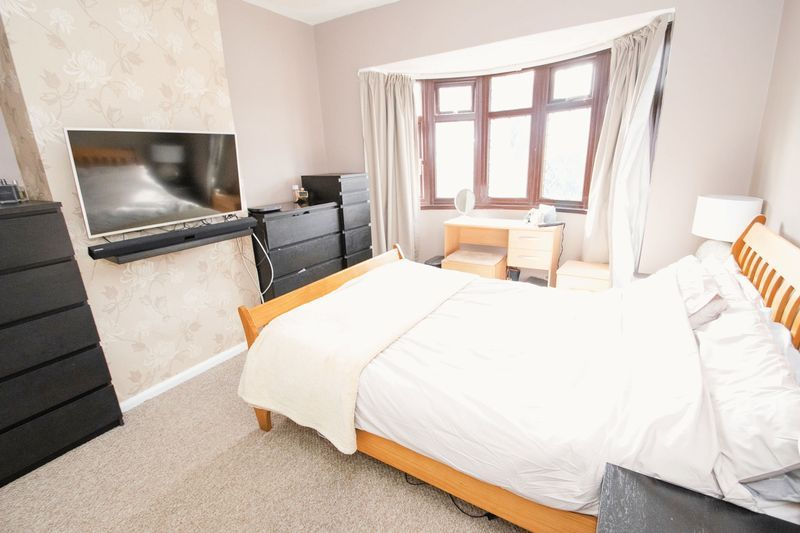 3 bed house for sale in Timberdine Close 8