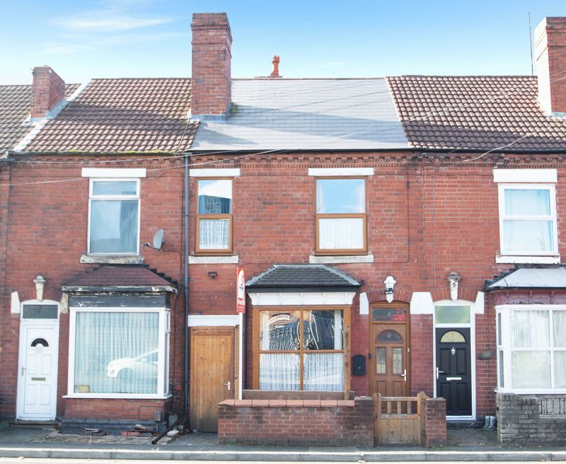 2 bed house for sale in Dudley Road  - Property Image 1