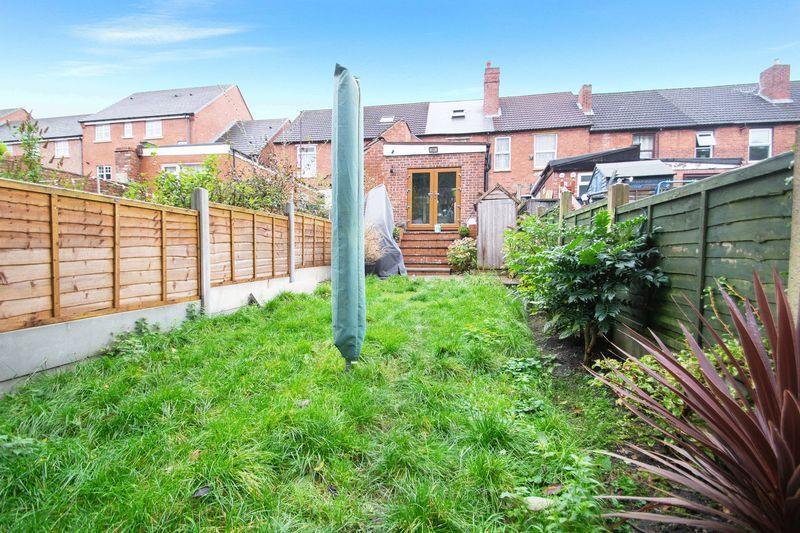 2 bed house for sale in Dudley Road  - Property Image 13