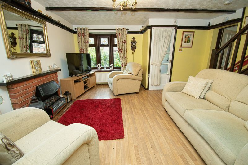 3 bed house for sale in Linnet Close 5