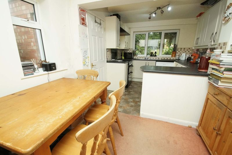 3 bed house for sale in Oakenshaw Road  - Property Image 5