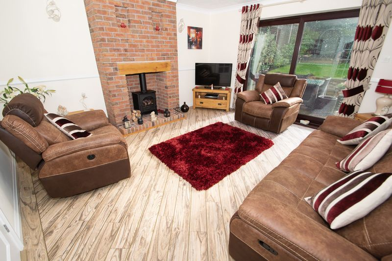2 bed bungalow for sale in Dark Lane  - Property Image 2
