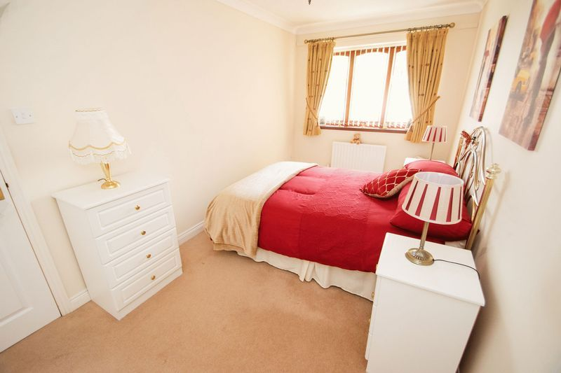 2 bed bungalow for sale in Dark Lane  - Property Image 10