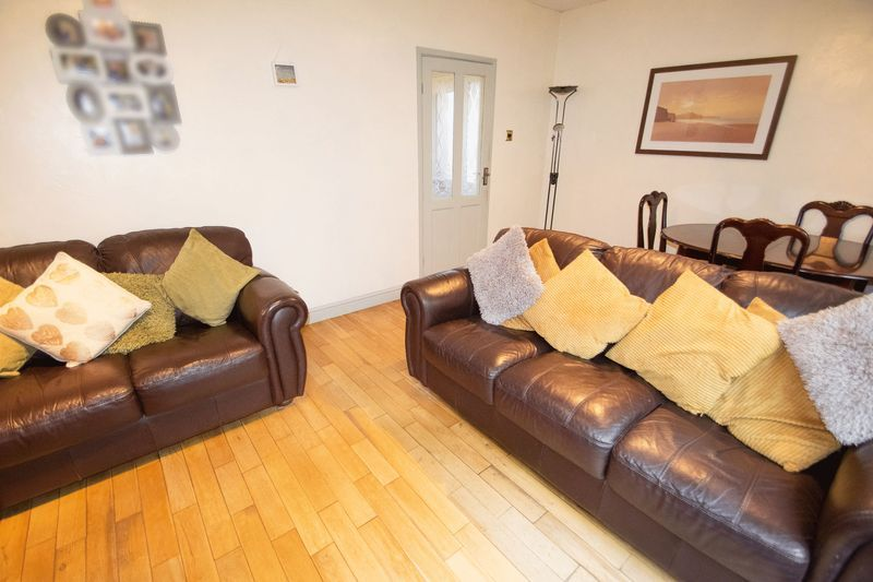 3 bed house for sale in Spring Street  - Property Image 2