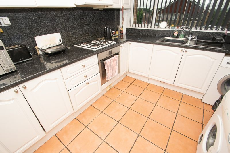3 bed house for sale in Spring Street 4