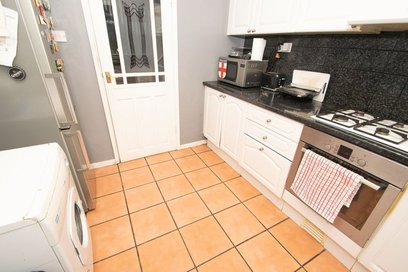 3 bed house for sale in Spring Street  - Property Image 5