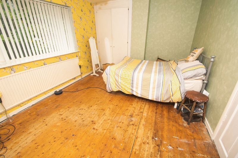 3 bed house for sale in Spring Street 6