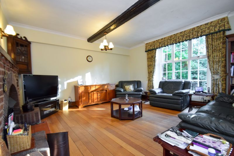 3 bed house for sale in Woodrow Lane 3