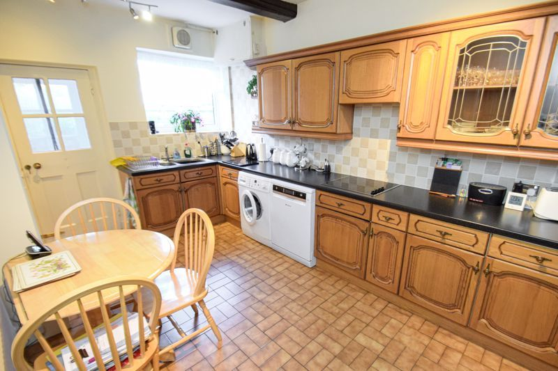 3 bed house for sale in Woodrow Lane  - Property Image 5