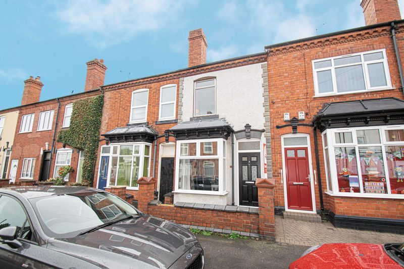 3 bed house for sale in Vicarage Road  - Property Image 1